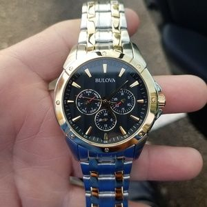 Like New Mens Bulova Two Tone